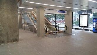 Joyce–Collingwood station - Escalators at the east station house