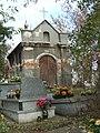 Kaplica cmentarna rodziny Pietrzykowskich2.jpg