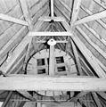 Kasteel Oudaen, interieur hijswiel kap noordvleugel - Breukelen - 20042011 - RCE.jpg