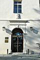 Klagenfurt Maria Loretto Schloss Portal mit Wappen Orsini-Rosenberg 30092014 498.jpg