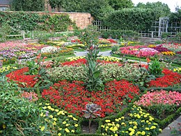 Knot Garden at New Place -Stratford-upon-Avon.jpg
