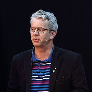 Knut Nærum - Nærum at the Oslo Bookfestival in 2011.