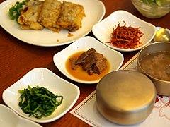 Korean table setting-01.jpg