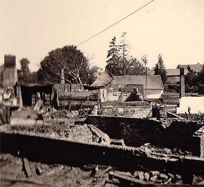 File:Kriegszerstörungen 1940 Westen.jpg