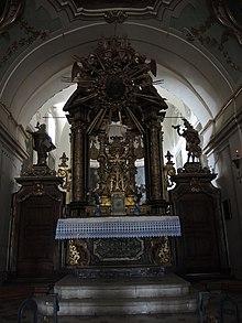 Convento di san giuliano wikipedia for Interno a un convento
