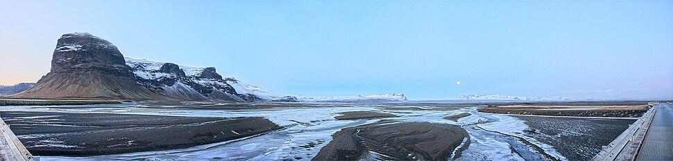 Lómagnú and Skeiðarárjökull