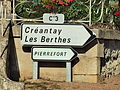 La Chapelle-Saint-André-FR-58-panneau d'itinéraire-02.jpg