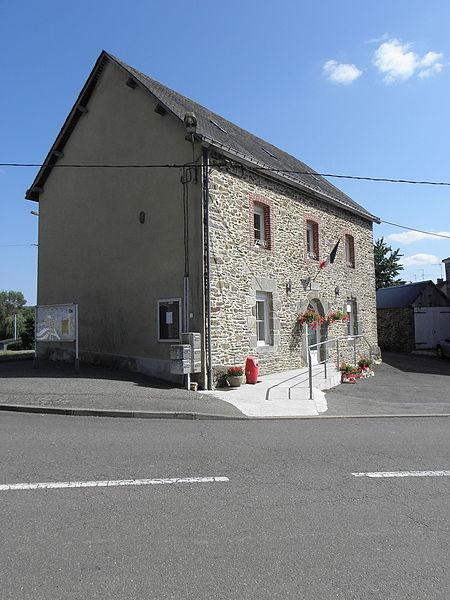 Mairie de La Haie-Traversaine (53).