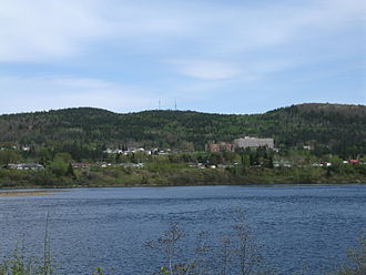 La Tuque (urban agglomeration) - Urban area of La Tuque City seen from west shore of Saint-Maurice River.