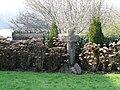 La croix des 800 ans de l'Abbatiale (1199-1999) - panoramio.jpg