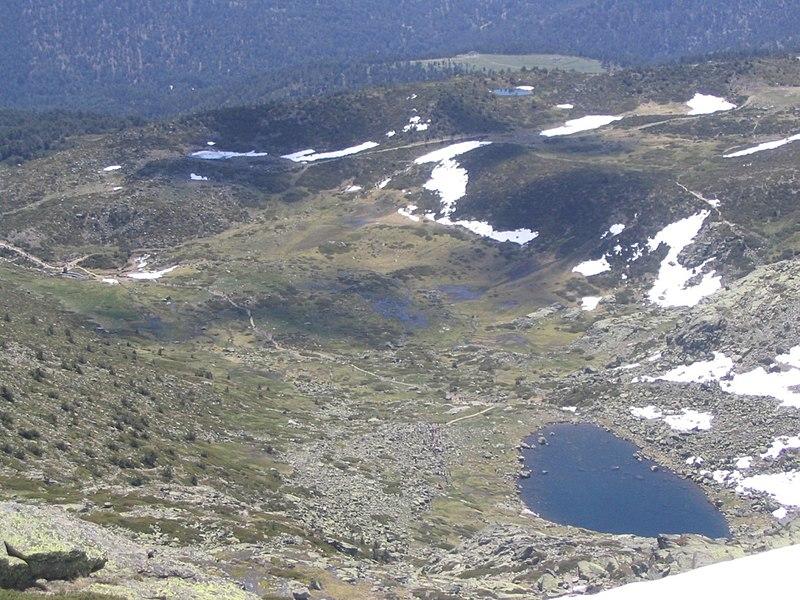 File:Lagunas de Peñalara.JPG