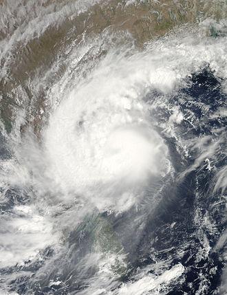2010 North Indian Ocean cyclone season - Image: Laila.A2010139.0810. 1km