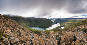 Wellington Range - Image: Lake Seal Mt Field NP edit