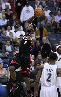 """""""King James"""" en action avec les Heat de Miami en 2012"""