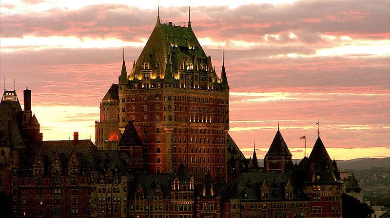 File:Le château Frontenac Vieux-Québec, ville de Québec, Québec.jpg