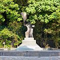 Leighton Hill Public Garden - panoramio (1).jpg