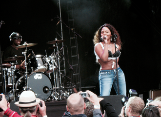 Lil' Kim - Lil' Kim performing at Way Out West festival, 2008
