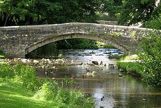 Linton, North Yorkshire - Image: Linton bridges