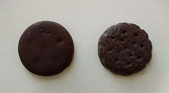 Girl Scout Cookies - A comparison between Thin Mints made by Little Brownie Bakers (left) and ABC Bakers (right)