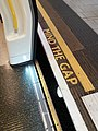 London - Baker Street station, Mind the gap.jpg