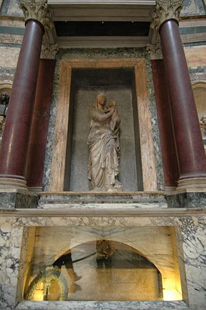 Lorenzetto - Madonna del Sasso, above the Tomb of Raphael, Pantheon, Rome