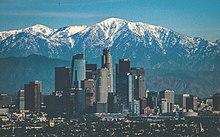 Kalifornia zákon o 18 rokov veku datovania maloletých