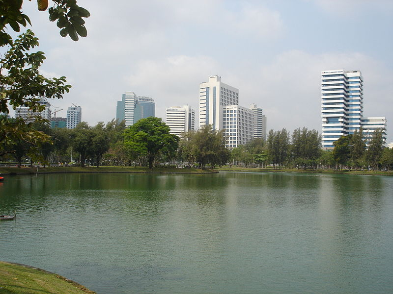 File:Lumpini Park, Bangkok.jpg