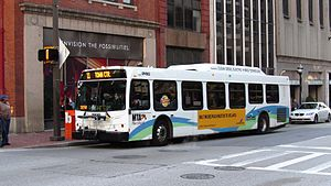 MTA Maryland 9082 11.jpg