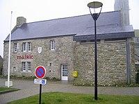 Mairie de Plourin (France, Finistère).JPG