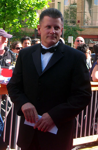 Marc Crawford became the Canucks' head coach in 1998-99. Crawford also played for the team in the 1980s. Marccrawford 2006nhlawards.jpg