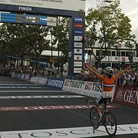 Marianne Vos winning the race