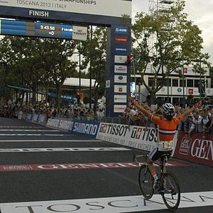 2013 UCI Road World Championships – Women's road race - Marianne Vos winning the race