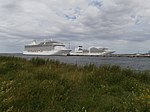 Marina at Pier 24 and Seabourn Ovation at Pier 26 in Port of Tallinn 1 July 2018.jpg