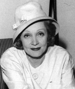Marlene Dietrich in Israel (1960) (Cropped)