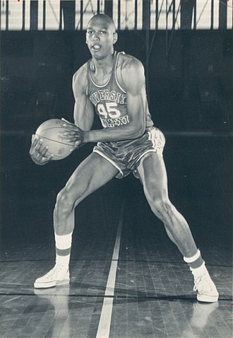 New Mexico Lobos men's basketball - Image: Mel Daniels