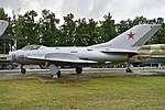Mikoyan-Gurevich MiG-19SV '11 red' (38105805985).jpg