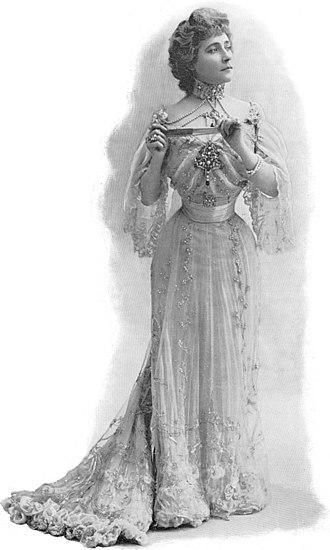 Marcelle Lender - Image: Mlle Marcelle Lender 1901Paris