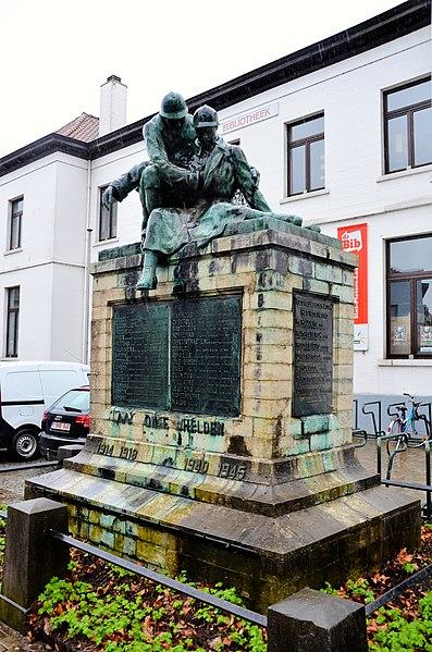 Monument voor de gesneuvelden, Sint-Pieters-Leeuw