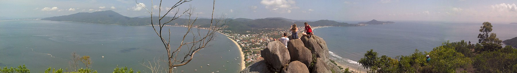 Morro do Macaco - panoramio (cropped).jpg