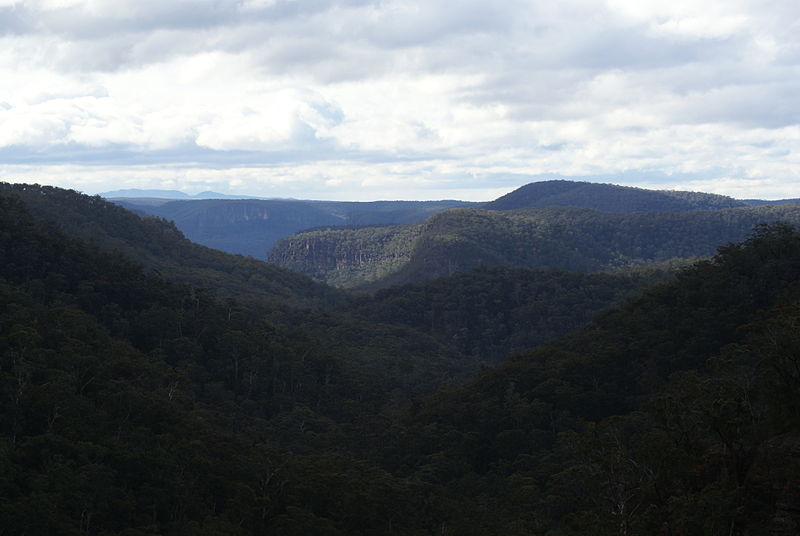 File:Mount Alexandra's Katoomba Lookout towards the Blue Mountains 2012.JPG