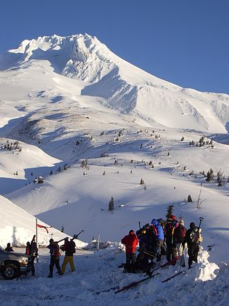 Mount Hood climbing accidents - A search-and-rescue team deploys in December 2006 from Timberline Lodge.