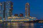 Ms Rotterdam, verlicht in de avond in Rotterdam (43164215744).jpg