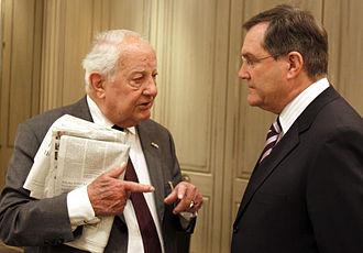 Ewald-Heinrich von Kleist-Schmenzin - Von Kleist (left) with German Federal Minister of Defence Franz Josef Jung in 2009.