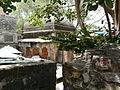 Mughal-era tomb (3703274722).jpg