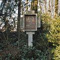 Nabij de Lourdesgrot, kruiswegstatie nummer 10 - Steijl - 20342039 - RCE.jpg
