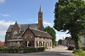 "Alem - Saint Odradastreet with village inn ""Het Hart van Alem"""