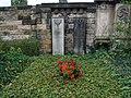 Neuer Katholischer Friedhof 14.jpg
