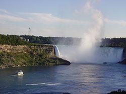 Niagara Falls (Horseshoe Falls).jpg