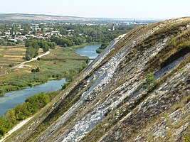 Novopskov from the chalky ridge.JPG