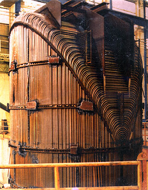 Steam generator (nuclear power) - The inverted U-tube bundle of a Combustion Engineering steam generator.